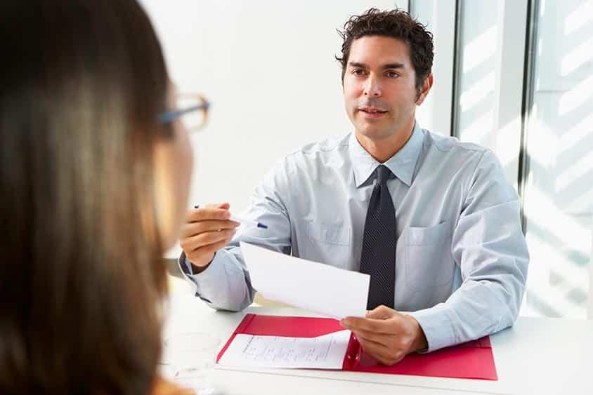 Faut-il passer par un cabinet de recrutement ? Les inconvénients
